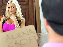 Alena Croft Van Wylde In The Mommy Market Brazzers