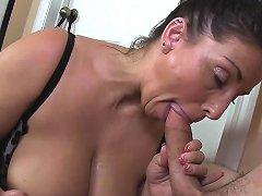 Bigtitted Stepmom Cocksucking Teens Hard Dick Free Porn 74