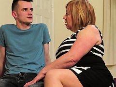British Chubby Mature Slut Auntie Trisha Doing Her Toyboy Nuvid